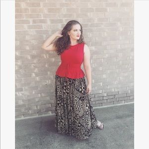 🍂2 for $15🍂Vintage Tribal Pattern Maxi Skirt